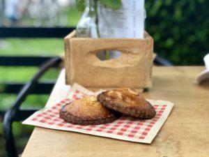 Wendy's gevulde koeken. Foto Sybylle Kroon